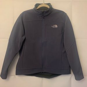 Like NEW! Women's Large Water Resistant Jacket